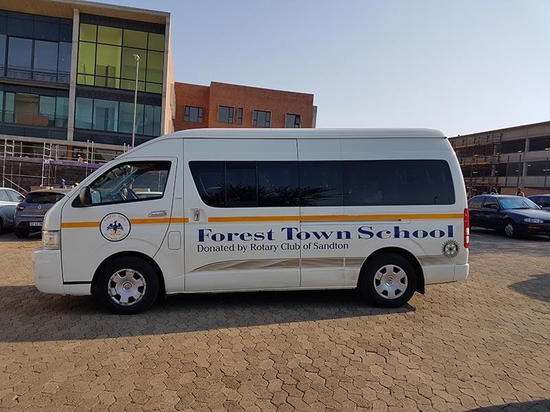 forest town school minibus