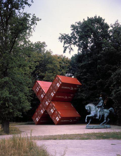 luc deleu shipping container art