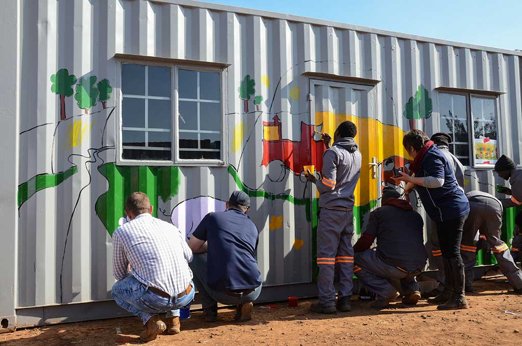 mandela day big box painting containers