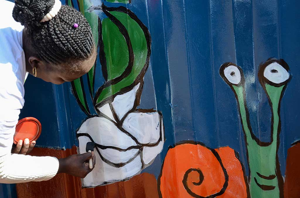 mandela day painting containers big box