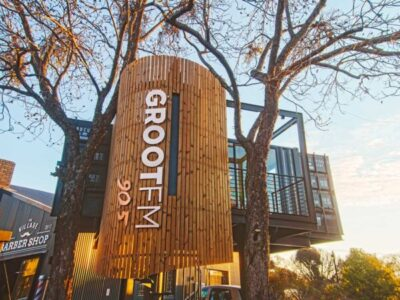 Big Box GROOTfm Treehouse
